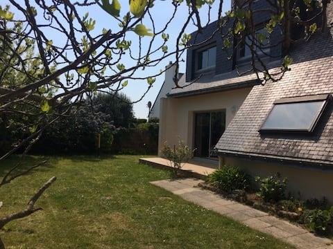 Maison à 7min à pied de la plage - Jardin Clos