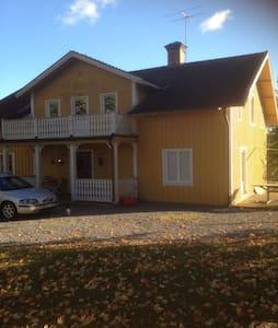 Old style Swedish home close sthlm - Märsta