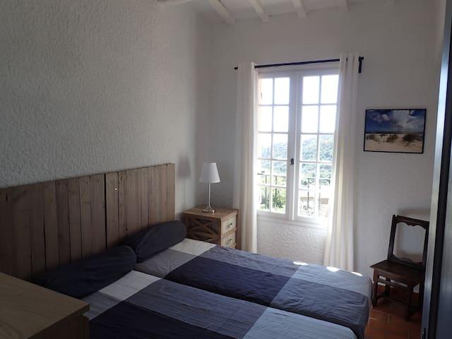 Chambre 3 à l'étage