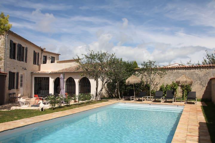 Maison Piquecos - St Martin de Ré - Grande piscine