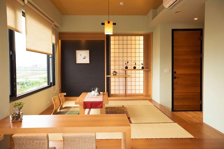 楓潮宿墅(大和楓室)2-6人房.輕日式建築.和室榻榻米.景觀戶外浴缸