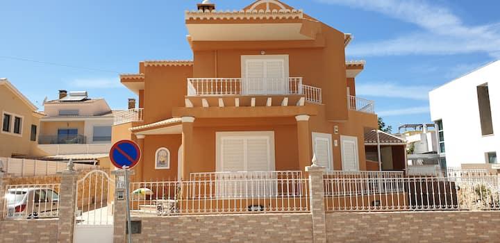 Dona Ana Guesthouse - Moradia V4