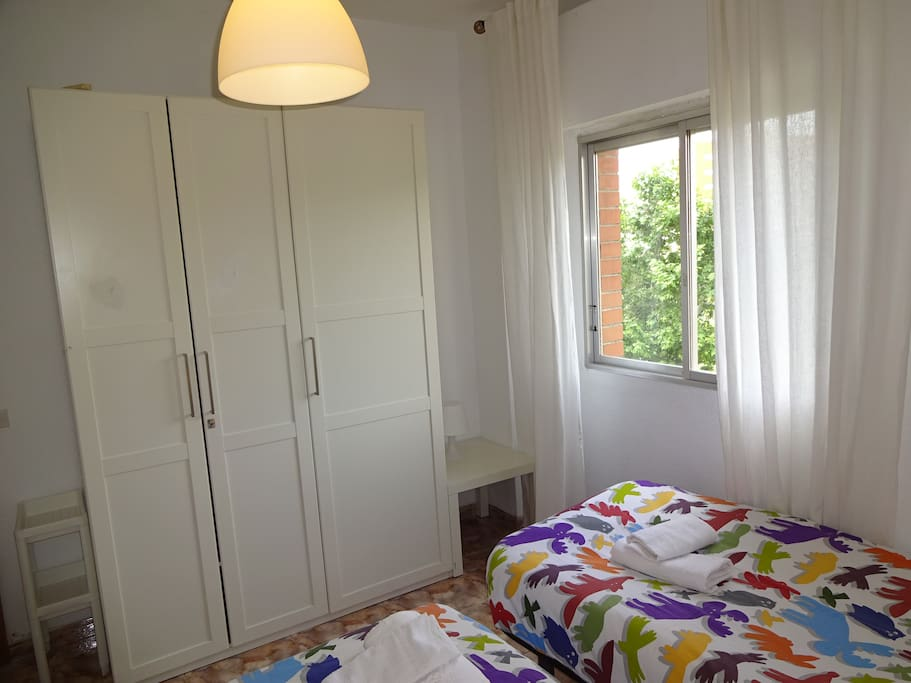 Sabadell rent house, private room,