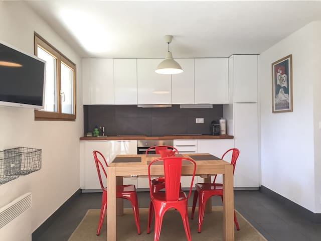 Cool garden apartment in Verbier Médran !