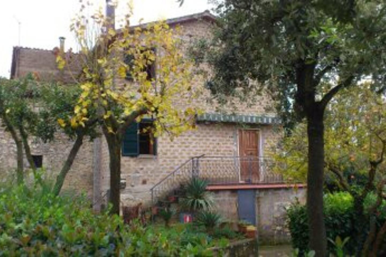 vista esterna terrazzo e giardino