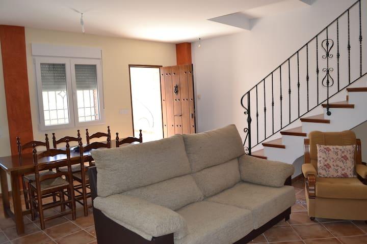 Casa Calera - Arbuniel - Casa