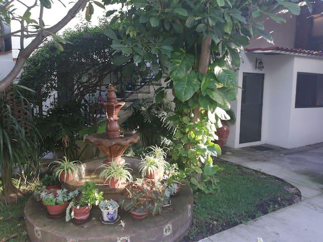 ⭐ Bungalow con alberca priv. cerca de Tecmilenio