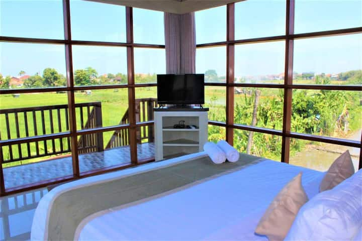 Cozy 3 BR w/private pool & rice field view hoki109