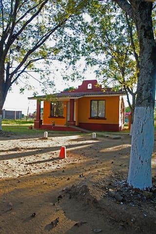 Villas Los Nogales. Casa5