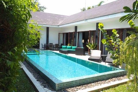 Thai/Balinese Beautiful 3 Bedroom Pool Villa