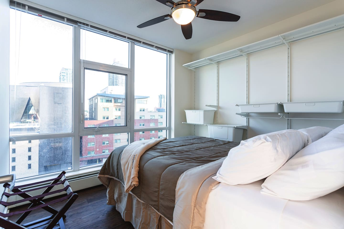 Gorgeous views of Stampede Park & DT Calgary from the master bedroom.