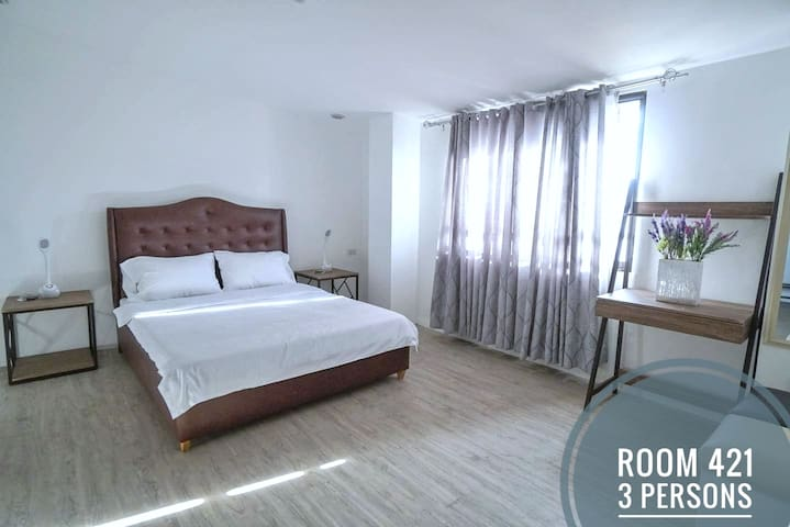 NEW KONG's Hotel- Spacious Queen Bedroom
