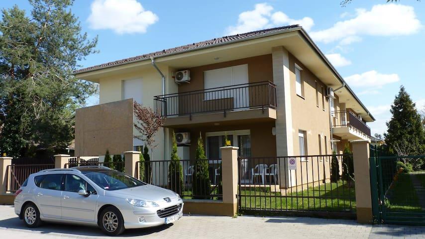 Sio Wellness Apartman - Siófok - Pis