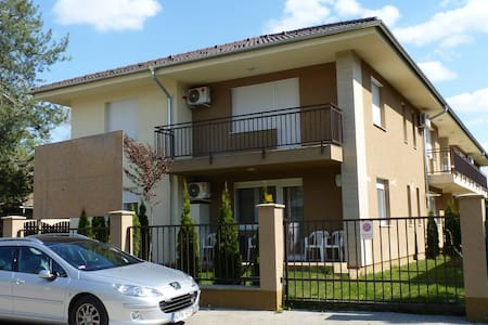 Sio Wellness Apartman - Siófok - Wohnung