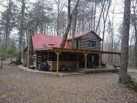 MtnWoodlands&TreetopsSuite: SpaBathRftopPrchFrpt