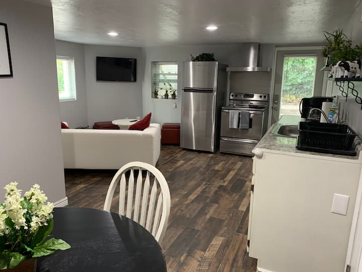 3 of 3 Renovated Rooms amid Ski Resorts & Downtown