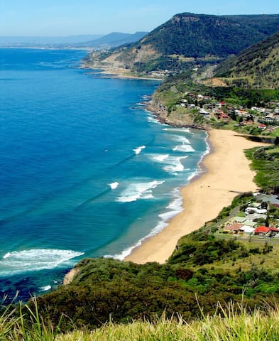 Stanwell park  (view from Bald Hill)