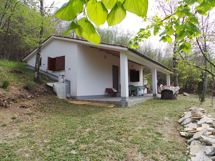 House for 3+2 pers with pool in Lupoglav R73113