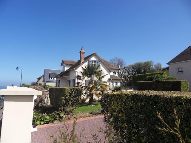Villa à 30 m de la mer - Arromanches-les-Bains