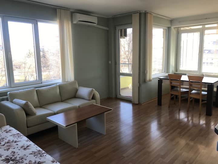 Cozy 1 Bedroom Flat Razgrad