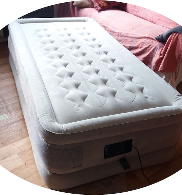 NEW !!! EXTRA!! - 1 person airbed