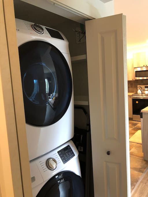 Brand new full size washer dryer