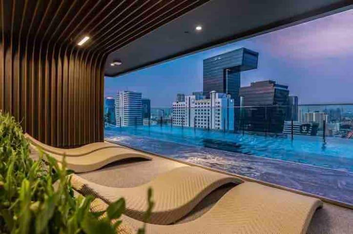 ②❗特价月租❗私聊咨询❗高级公寓Rama9 MRT/BTS/火车夜市/酒吧一条街/皇权免税/暹罗商圈