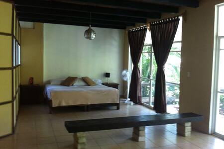 Habitación en Casa Guacamayas - Palenque - House