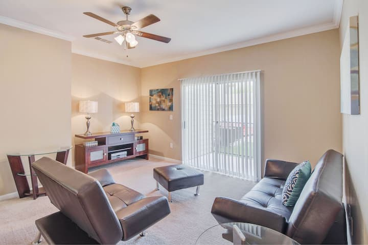 Upscale apartment home | 2BR in San Antonio