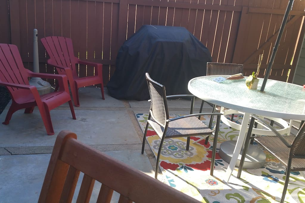BBQ is waiting for you!! Utensils too. I've made a little outdoor smoking area, too. No smoking inside but that's okay. Do it outside. Big ash tray unit and little table-top ash tray.