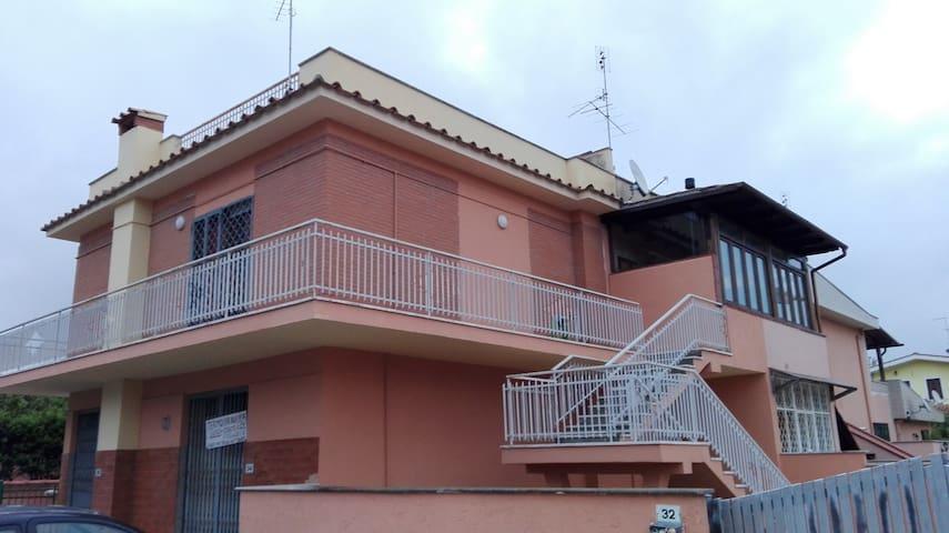 Grazioso appartamento vicino a Roma e al mare - Анцио - Квартира