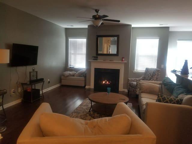 3rd Floor Living Room & Guest Suite to Yourself