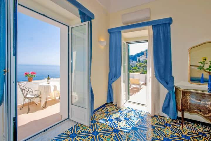 Amalfi: Luxury Huge Villa up to 18 guests