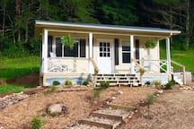 Come enjoy Tiny House living at Acorn Creek Farm.