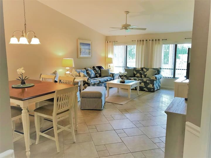 White Pine Villa,Close to Siesta Key!
