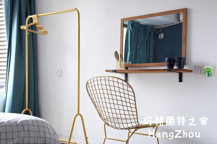 玛格丽特之家【Room B】金沙湖地铁旁/精致卧室/高档小区/出差考研超适合