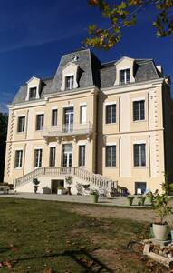 Château Peyrot - Orgueil - Bed & Breakfast