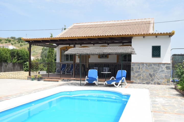 Classy Holiday Home in Guaro with Private Swimming Pool