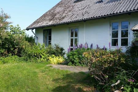 Dejlig lejlighed ved skov og strand - Fjerritslev - Apartemen