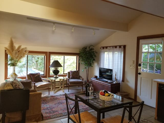 Apartments For Rent Near Amazon Seattle
