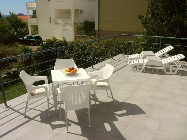 Pleasant 2BR flat with huge panoramic terrace