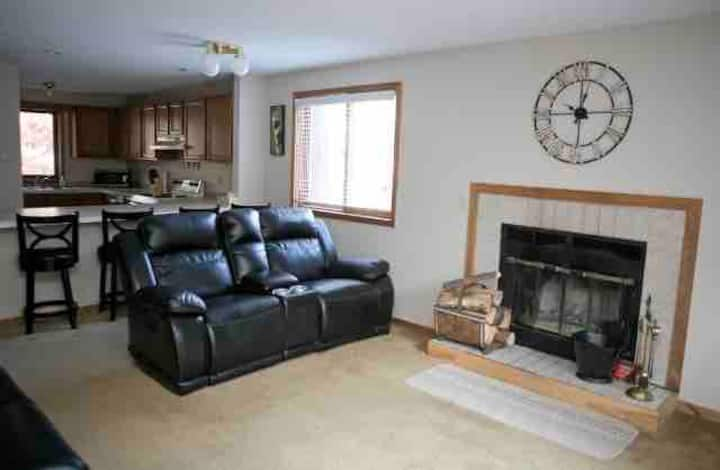 Shanty Creek Family Condo 2bd/2bth