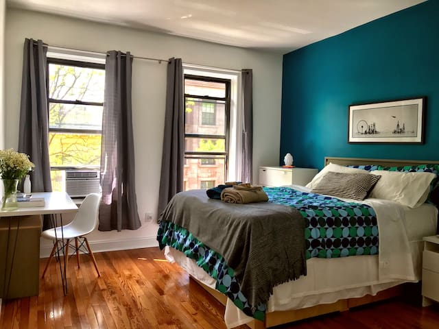 Massive Private Bedroom in Brooklyn Heights