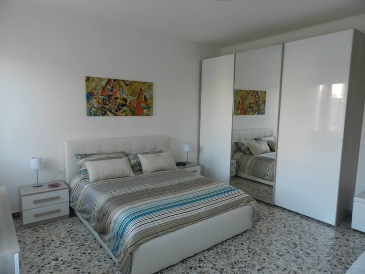 Sunny apartment near the Biennale