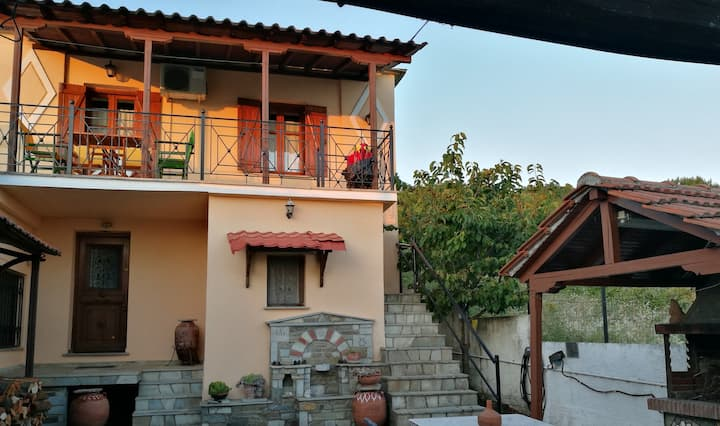 Ioannis traditional house in Pilion