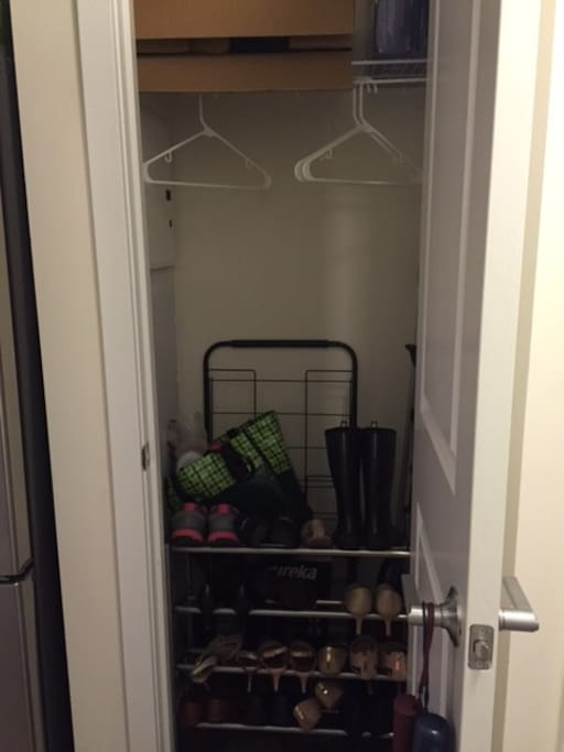 Closet for shoes and coats