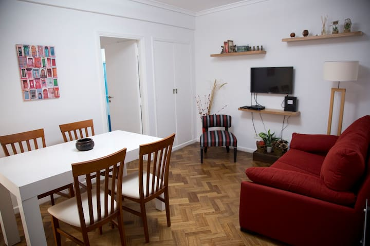 Small & Comfortable apartment in Palermo
