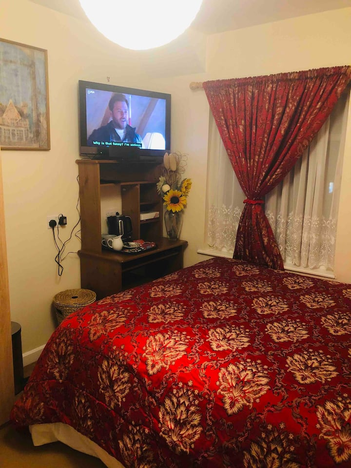 Double room in friendly home