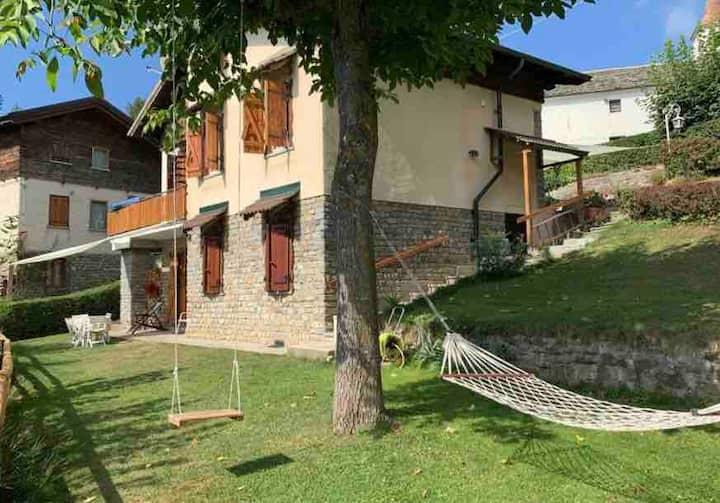 Valle Maira Casa nella pineta vicino a Dronero