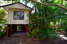Boreen Point Eco Bungalow at the Lake